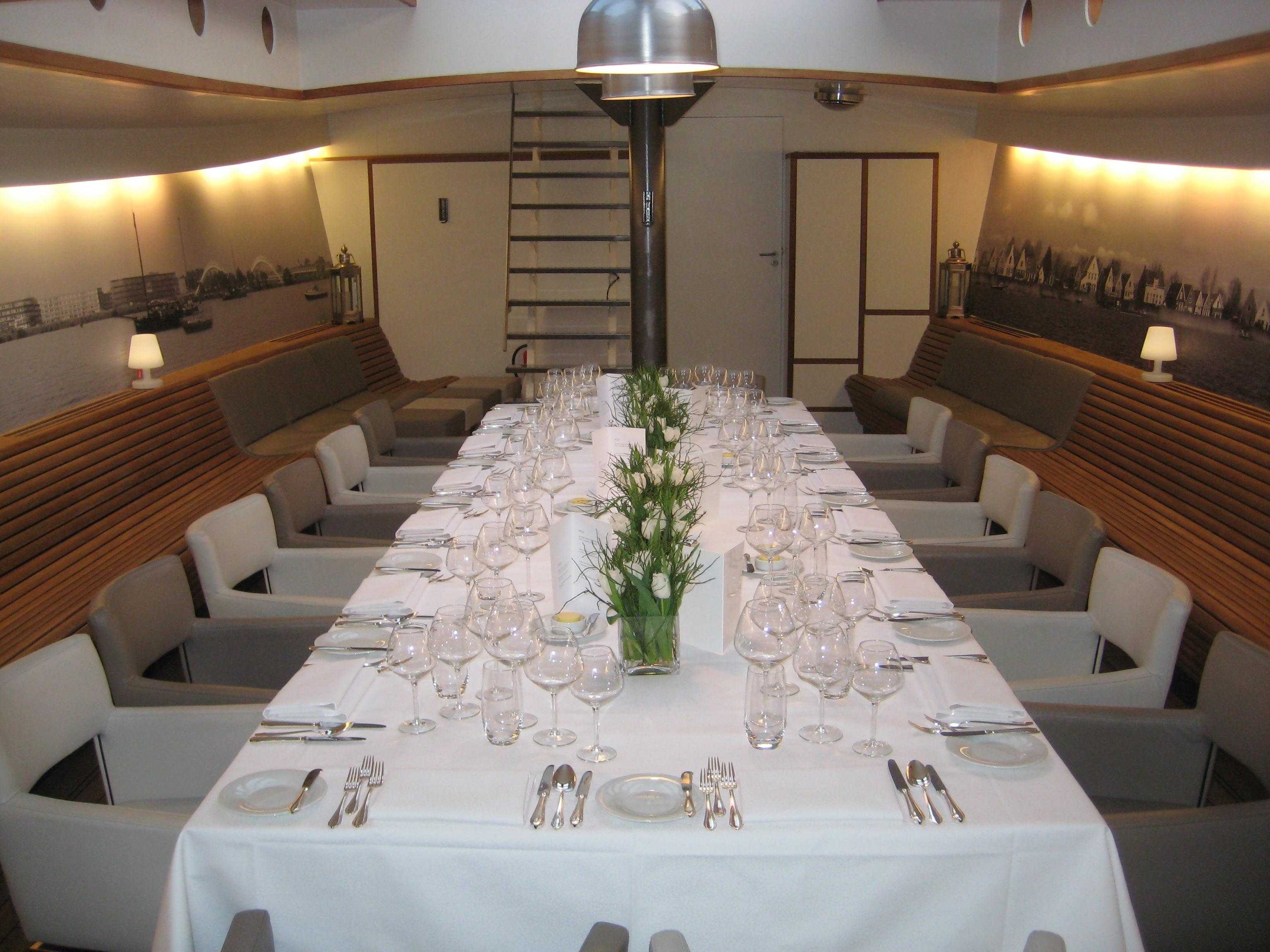 Private dining op een schip.
